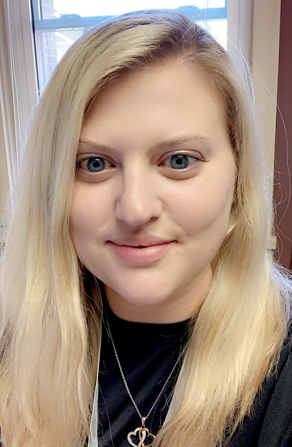 Meet Alicia Lonowski, Azria Health Broadwell's New Business Office Manager/Admissions Coordinator
