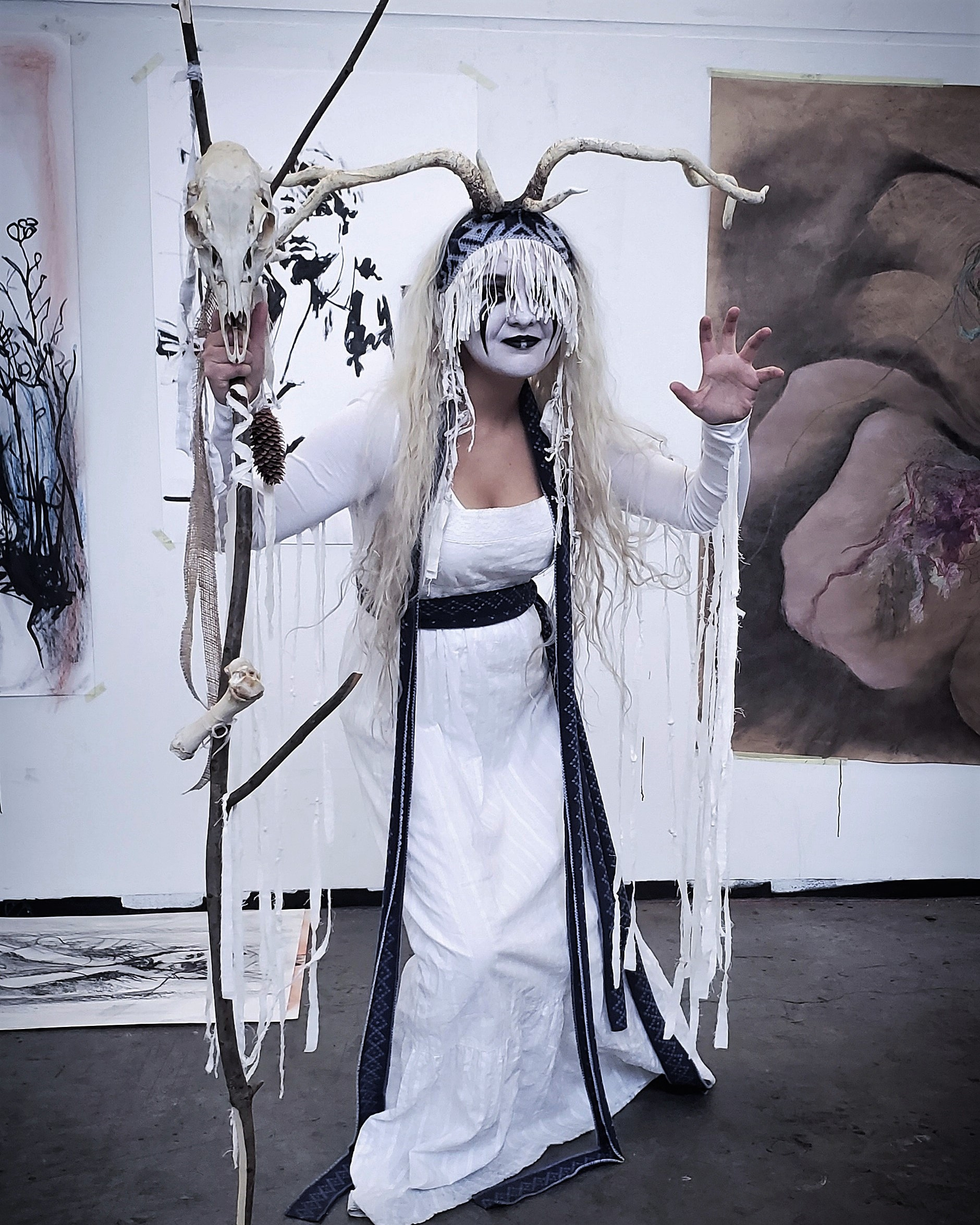 Lindsey Calixtro – Dressed up as Maria Franz, singer of Icelandic folk band Heilung (18 Years Old)